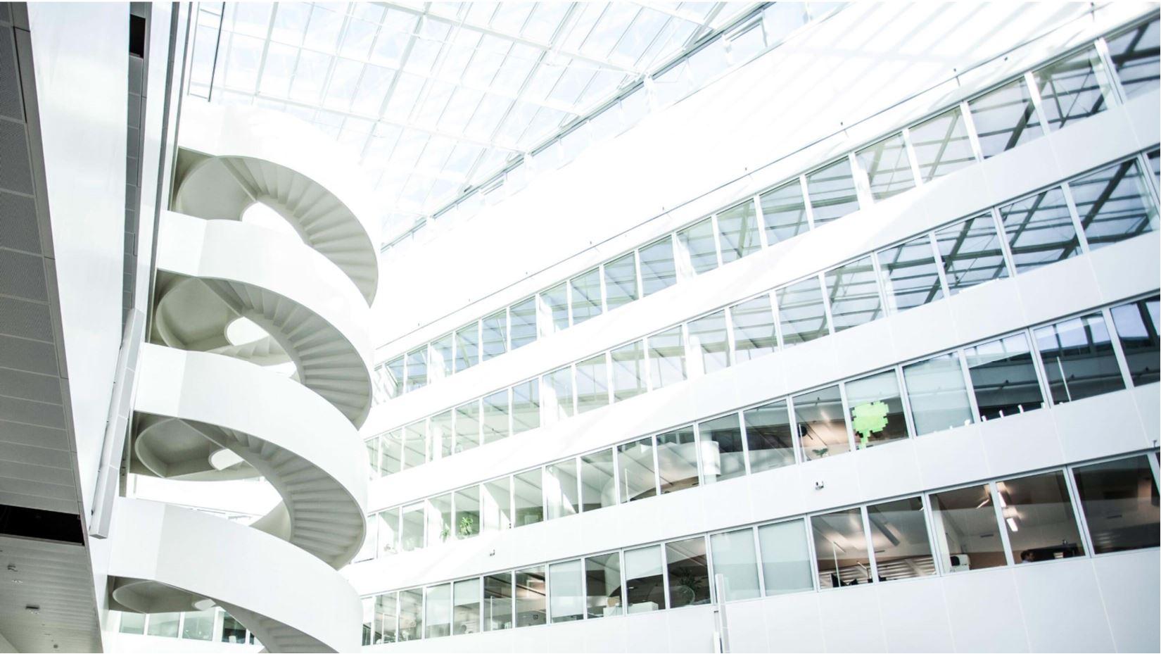 Geschäftsbericht 2015 - KUKA AG