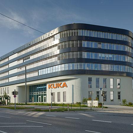 KUKA Entwicklungs  Und Technologiezentrum In Augsburg